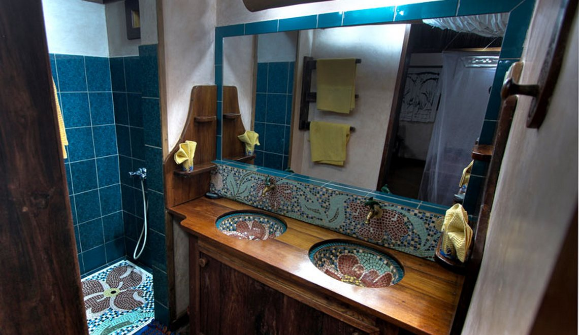 Salle de bain bungalows Ambatoloaka